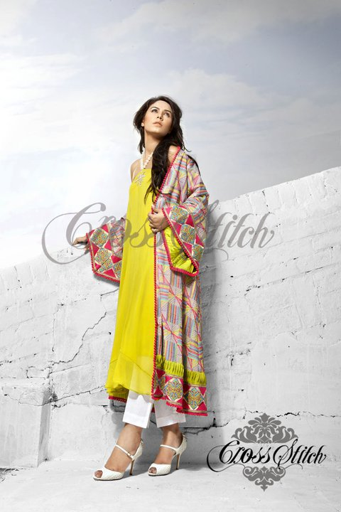 Long shirts fashion in Pakistan