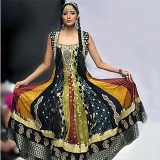 Pakistani Dresses 2011 khushifairy 5 fashion trends