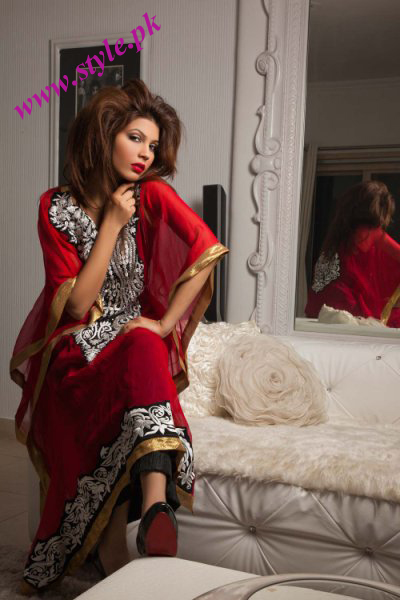 Pakistani Fashion Dresses 2011 on Ali Latest Collection 2011 Simply Intoxicated Latest Pakistani Fashion