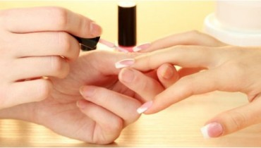 Nail and hand care beauty techniques at Style.pk