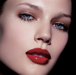 Natural Eye Makeup and Red lips 001