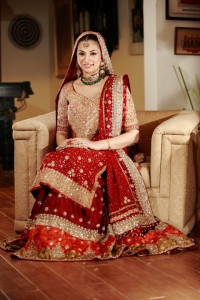 Red beautiful bridal 200x300