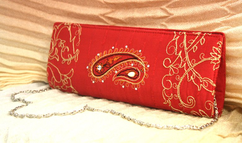 imli clutch for girls 46