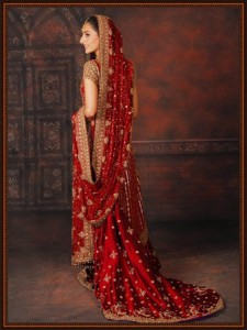 red beautiful dress 225x300