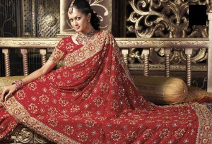 red bridal sarhi design 300x204