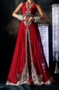 red color lehenga 197x300