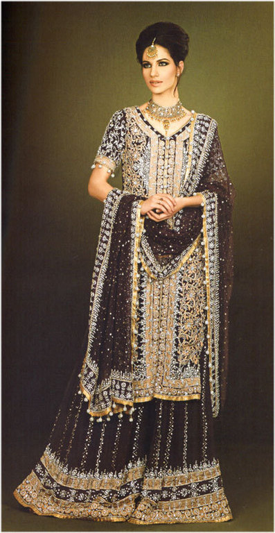 Emboridered Banarsi Gharara For Brides 009