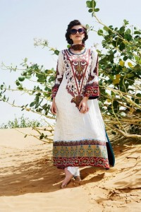 Five Star Vogue Eid Collection 2011 3 200x300 - FIVE STAR VOGUE embroidered silk Eid collection 2011