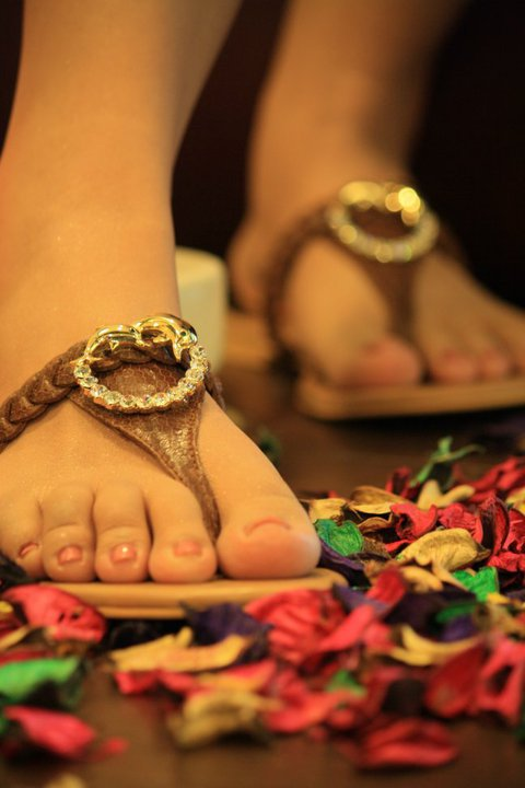 Flats For Eid Footwear Collection by R. Hajra 001 style.pk