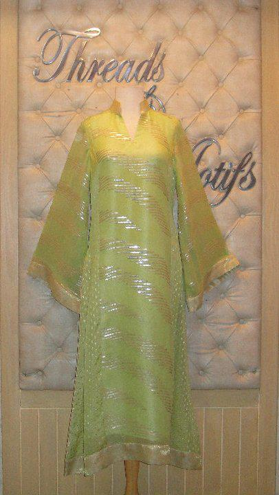 New Designs of Embroidery Work by Threads and Motifs for Eid 484499