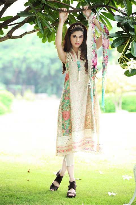 Ready to Wear Dresses for Women by Farida Hasan 004 style.pk  stylish dresses local designer clothes for women