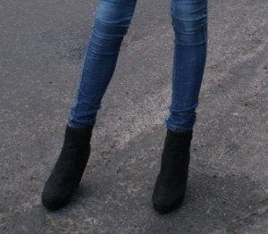black blue cool haawt.blogg .no jeans shoes Favim.com 74389 300x262