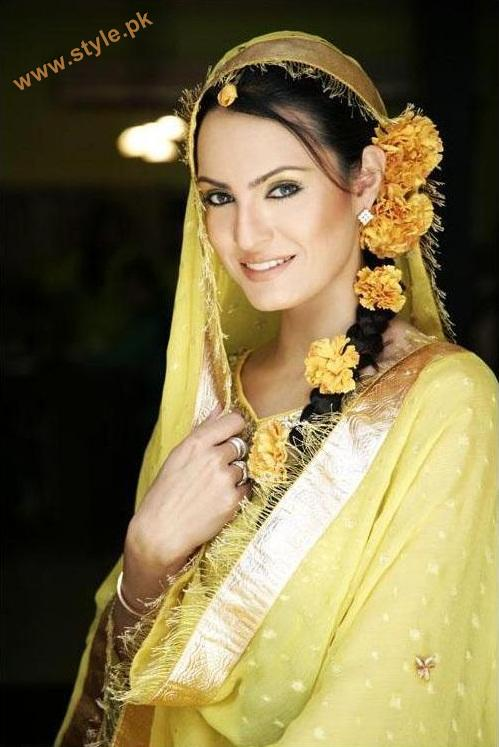 Attractive Flower Jewellery For Rasm e Mayoo 2011 4 style.pk  jewellery accessories