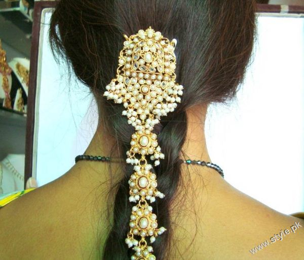 Latest Bridal Fashion of Wearing Paranda style.pk 003 bridal dresses accessories