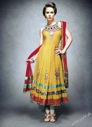 Bridal Mehndi Dresses For Bridals 2011 Collection (10)