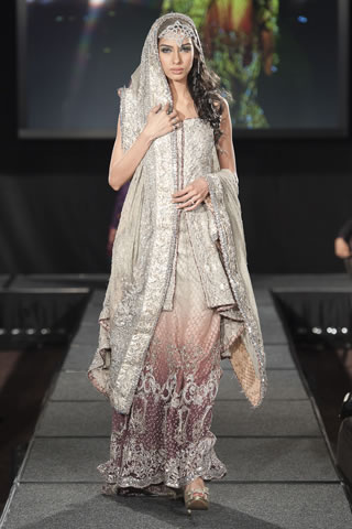 Maria B Dresses at Pakistan Fashion Extravaganza London 2011 style.pk 003 shows designer maria b