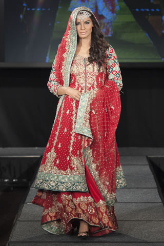 Maria B Dresses at Pakistan Fashion Extravaganza London 2011 style.pk 004 shows designer maria b