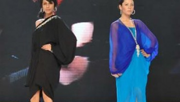Sana-Safinaz-Latest-Collection-At-Lux-Style-Award-2011-13 style.pk