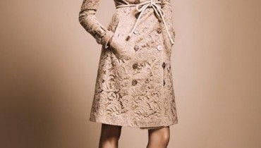Trench Coats From The Burberry Nude Collection Style.Pk 001