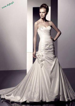 White Gown For Western Brides 2011 3 stylepk Beautiful Wedding Dress