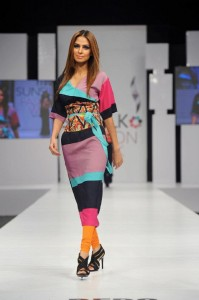 kamiar rokni's collection at sunsilk fashion week (7)