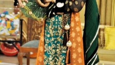 mehndi dresses for girls by Deziners collection (6)