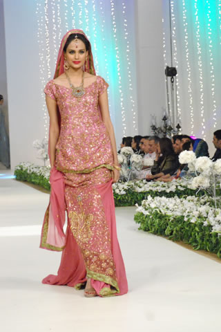 Gulzeb_bridal_wear_collection_1