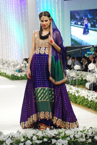 Gulzeb_bridal_wear_collection_4