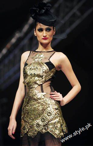 Karachi Fashion Week 2011- Day 1 style.pk 007