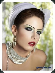 MakeUp accessories and beauty products by Kryolan style.pk 02 229x300