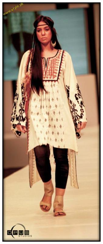 Maria B Collection at PFDC Sunsilk Fashion Week (30)