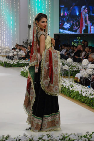 Mehdi_Bridal_wear_Collection_2011_2