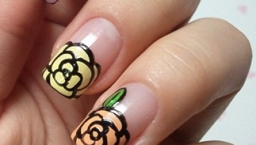 Chic Look Nail Art Ideas for Winter Holidays 2011_01