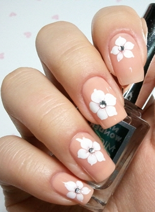 Chic Look Nail Art Ideas for Winter Holidays 2011_02