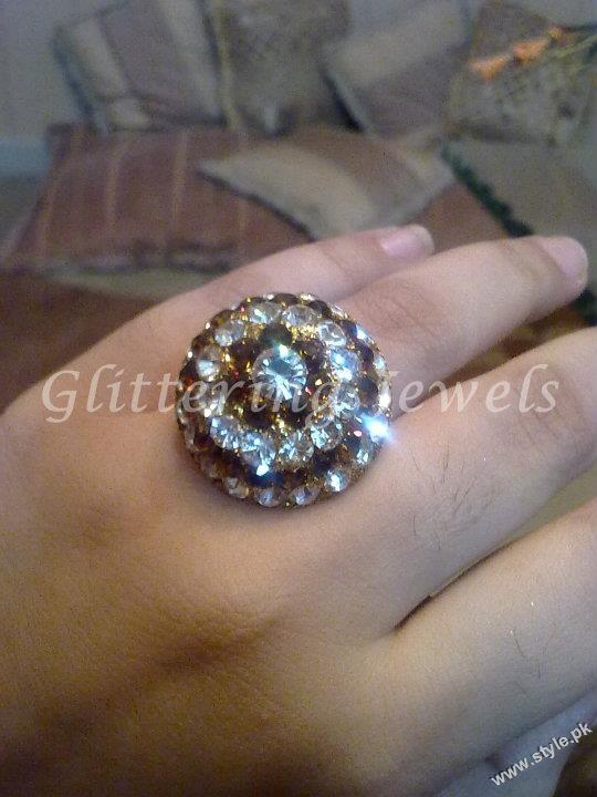 Jewellery and Bangles For Women by Glittering Jewels (1)