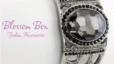 Trendy Cuff Collection For Eid By Blossom Box Jewelery 2011-12-8