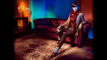 Latest Lookbook by Uterque 2011_01