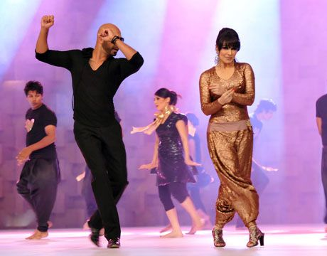 Reema performance in Lux Style Awards 2011_07