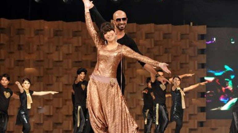 Reema performance in Lux Style Awards 2011_01