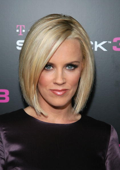 Short Hairstyles for women Winter 2011-12