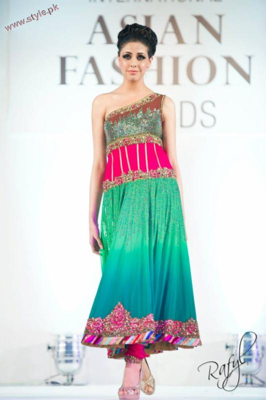 Bridal Wears By Guls Style 2011 12 At IAFA 2011 003 pakistani dresses fashion shows