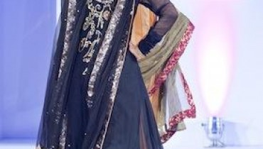 Miraj Bridal Collection At International Asian Fashion Awards 2011-002
