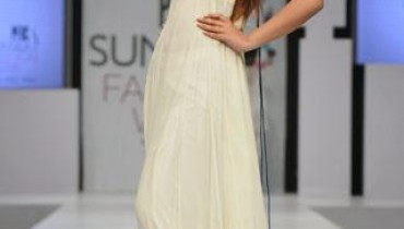Zainab Sajid Collection 2011-004