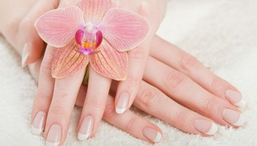 Home-made-Remedies-for-beautiful-hands-01