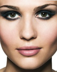 Smokey eyes makeup (1)