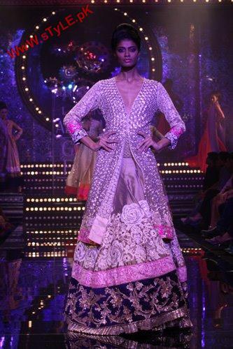 Manish Malhotra Collection At Lakme Fashion Week 2011