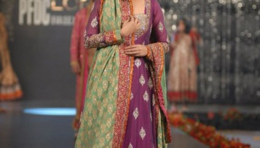 Nida Azwer Collection in PFDC L'Oreal Paris Bridal Week a