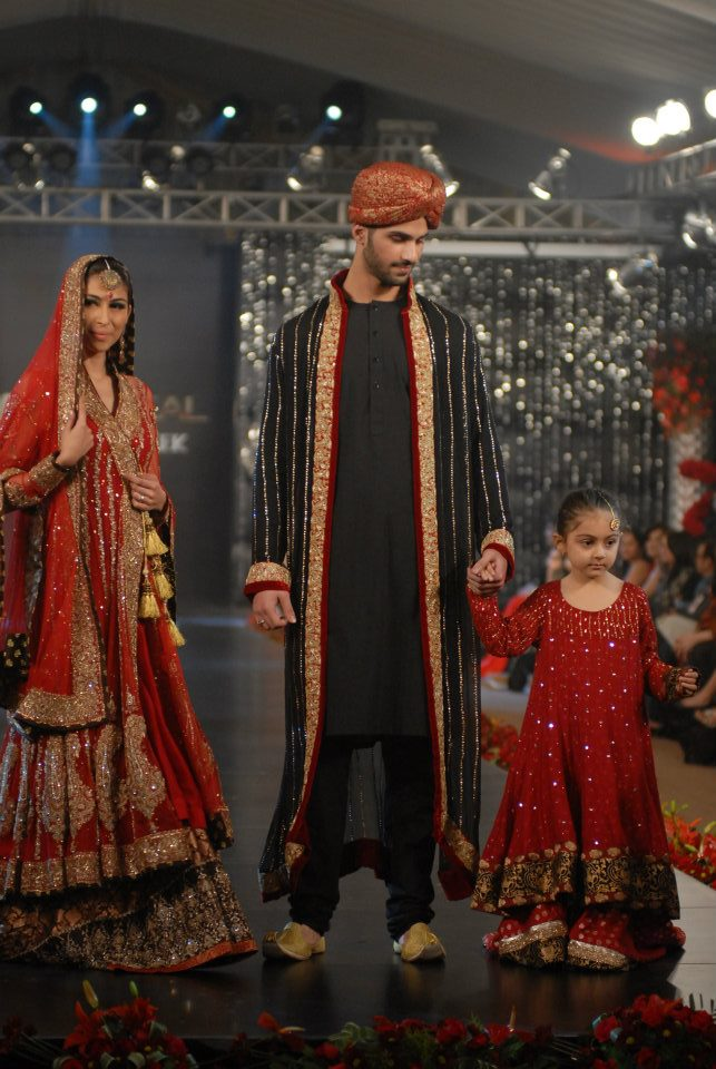 Nida Azwer Collection in PFDC LOreal Paris Bridal Week f wedding wear