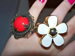 latest fashion jewellery for girls 009