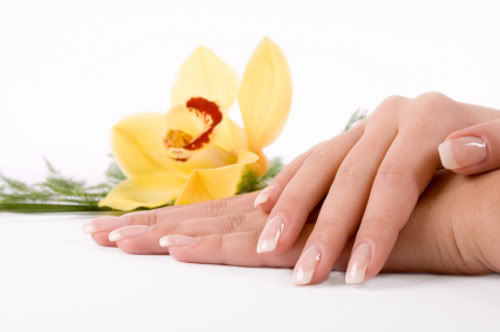 Healthy nails with Essential Oils